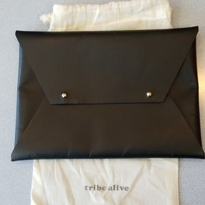 Tribe Alive Black Envelope Purse